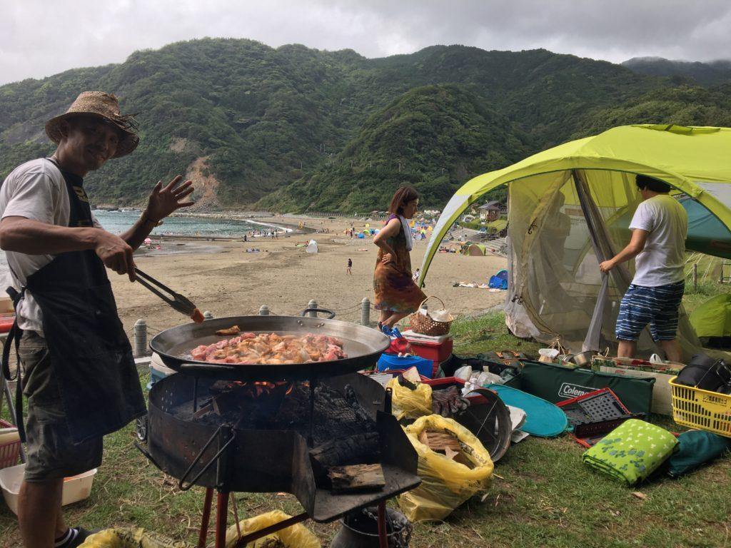 キャンプ パエリア