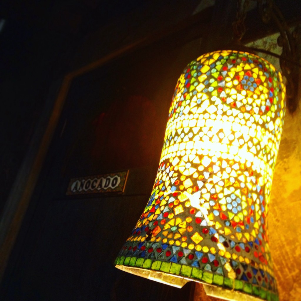 anocado ランプ