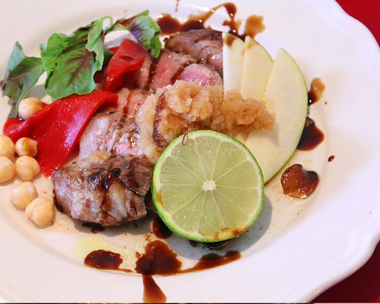 イベリコ豚のガーリックステーキ
