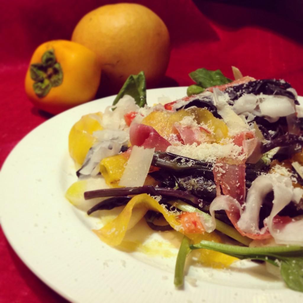金時草と秋果実のサラダ
