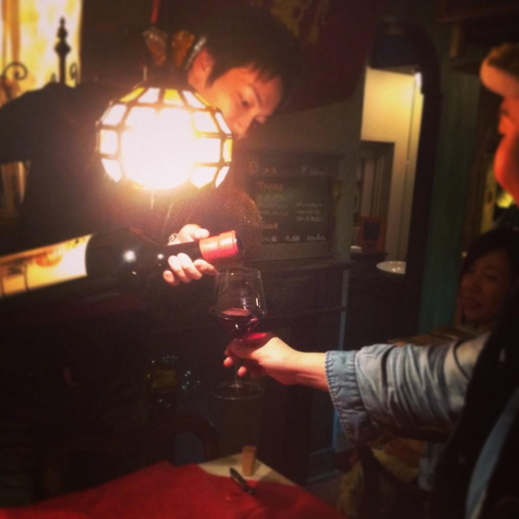 巨大ワイン テイスティング