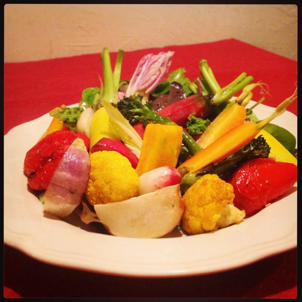 有機野菜を食べるサラダ