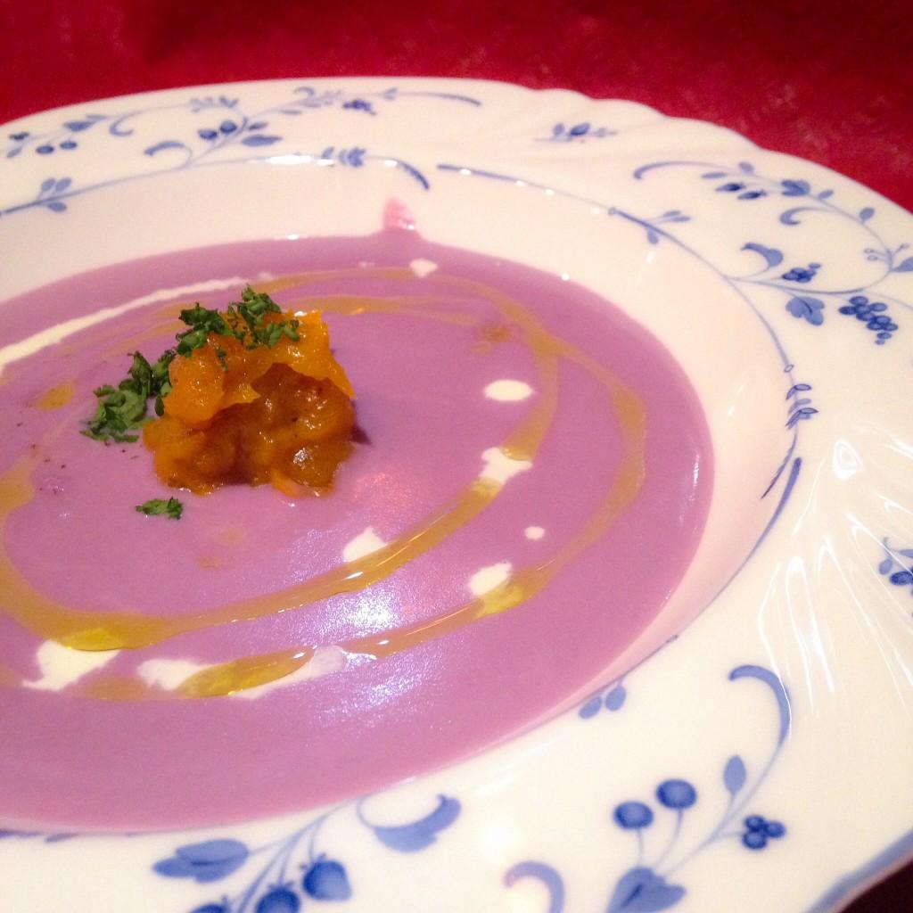 紫芋とあんぽ柿のポタージュ